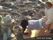 Horny amateurs on the beach se