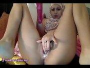 Amateur Arabic Slut Masturbates Hard Her Pussy