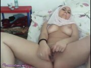 Arab Hijab Teen Slut Masturbat