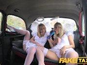 Seksualūs angeliukai išdulkina taksi vairuotoją