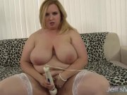 JeffsModels – Thick and juicy plumper Nikki Wilder masturbates