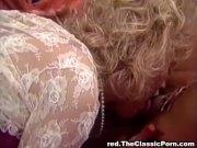 Retro lesbians make each other cum