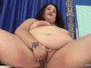 Fat girl Moon Baby sucks and fucks