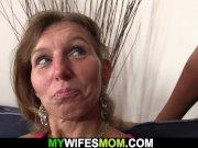 She watches her boyfriend fucks old mom