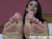 Toe Sucking And Female Foot Fetish Porn