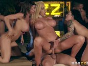 Brazzers House Season 3 Ep4 – Alexis Fawx hosts a filthy Sex orgy