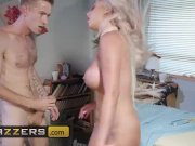 Creepy Doctor Danny D takes advantage of busty blonde Brooklyn - Brazzers