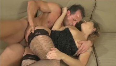 Horny housewife is in the mood for fucking