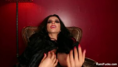 Romi Rain Vampire behind the scenes