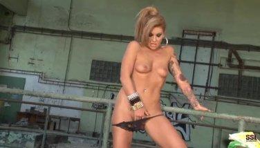 Tattoed brunette Becky Stevens fingers pussy