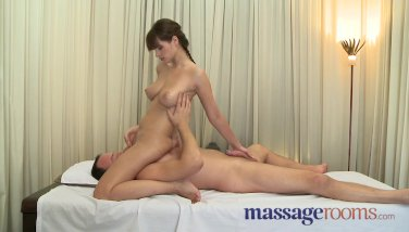 Massage Rooms - Big orgasms from experts