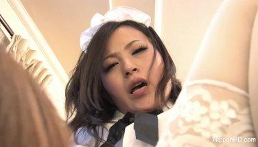 【無修正】ご主人様の中出しを受ける美少女メイド