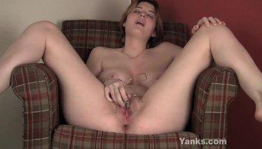Busty Sosha Vibrating Her Clit