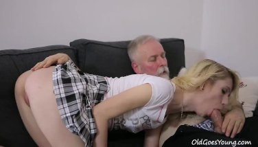 Sexy Helena blows old goes young