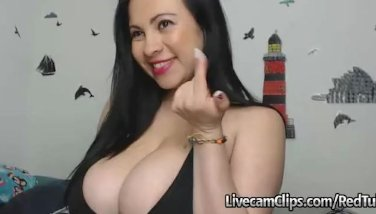 Cam Latina Bouncing Big Boobies While Fucking