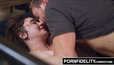 PORNFIDELITY - Nerd Girl Loves Anal