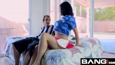 BANGcom: Small Titi Sweethearts