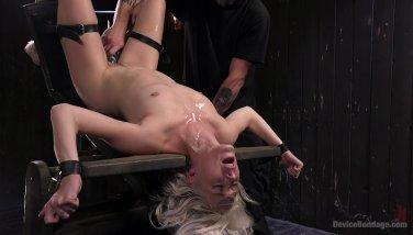 Squirting Blonde Pain Slut