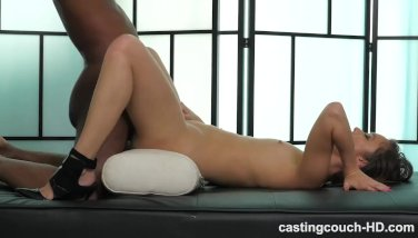 girl-has-massive-squirting-orgasm