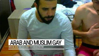 Arab Gay : 3 syrians playing sex together ! Xarabcam