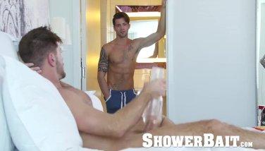 ShowerBait - Str8 guy jerks his big dick watching guy shower