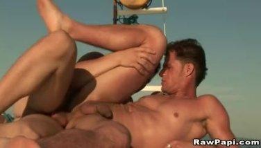Outdoor Bareback Fucking of Hot Latino Gay