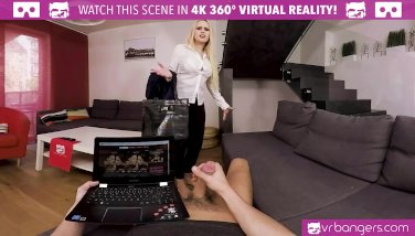 VR PORN - My hot wife Angel Wicky cums early