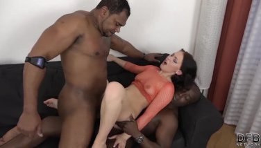 Teen Interracial Threesome Squirting Cum From Ass Hardcore DP Anal Fucking