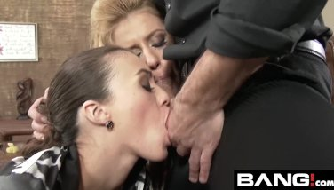 Sexy Dirty Threesomes Fucking