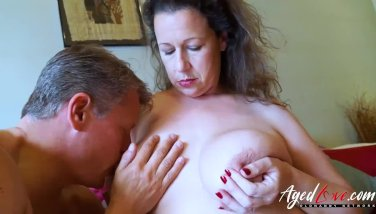 Agedlove bussinesman seduced by hot mature mom 5