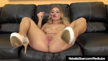 Sweet Dirty Blonde Natalia Starr Dildo Bangs Her Juicy Pussy