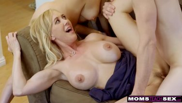 MomsTeachSex - BigTit Aunt Brandi Love Helps Teens Fuck S8:E8 - duration 12:00