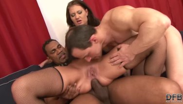 Cuckold shares messy cumshot with his wife after interracial sex