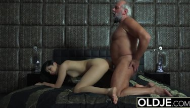 18 years old nympho starts masturbating in front of grandpa and fucks him