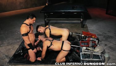 ClubInfernoDungeon Group Anal 4 Fetish Daddy & Sex Machines