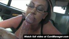 British Amateur babe fuck in Cab