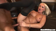 MILF Housewife Diana Doll Fucked In Sexy Stoc