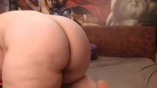 bbw girl plays on cam 2 from DesireBBWs .com
