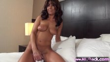 Brunette MATURE MOM plays with her pussy