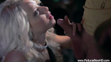 Blonde Fellucia shows a Good BJ