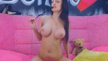 Hot Latina Babe Masturbating on Cam