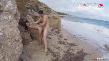Apolonia Lapiedra fucked on the beach