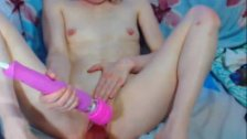 18yo skinny teen using a hitachi 1