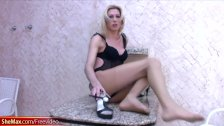 Tall shemale masturbates her shemeat on a granite pedestal