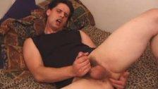 Kalvin Riley Beats His Meat