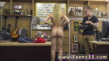 Teen twerking on dildo and teen girls make