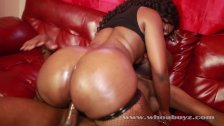 Ass so fat black girl that know how to take the dick