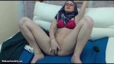 Arab Masturbates For Allah On Webcam