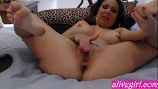 Hot MILF AmyFisher fucks her pussy- alivegirl