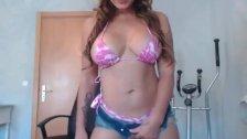 Brunette big butt and boobs